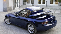 Mazda MX-5 Roadster Coupe Debut at BIMS