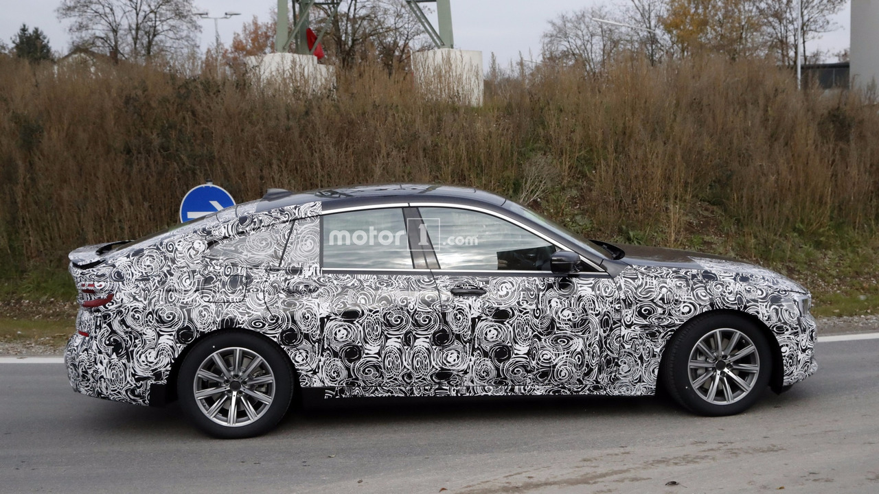2018-bmw-6​-series-gt​-spy-photo