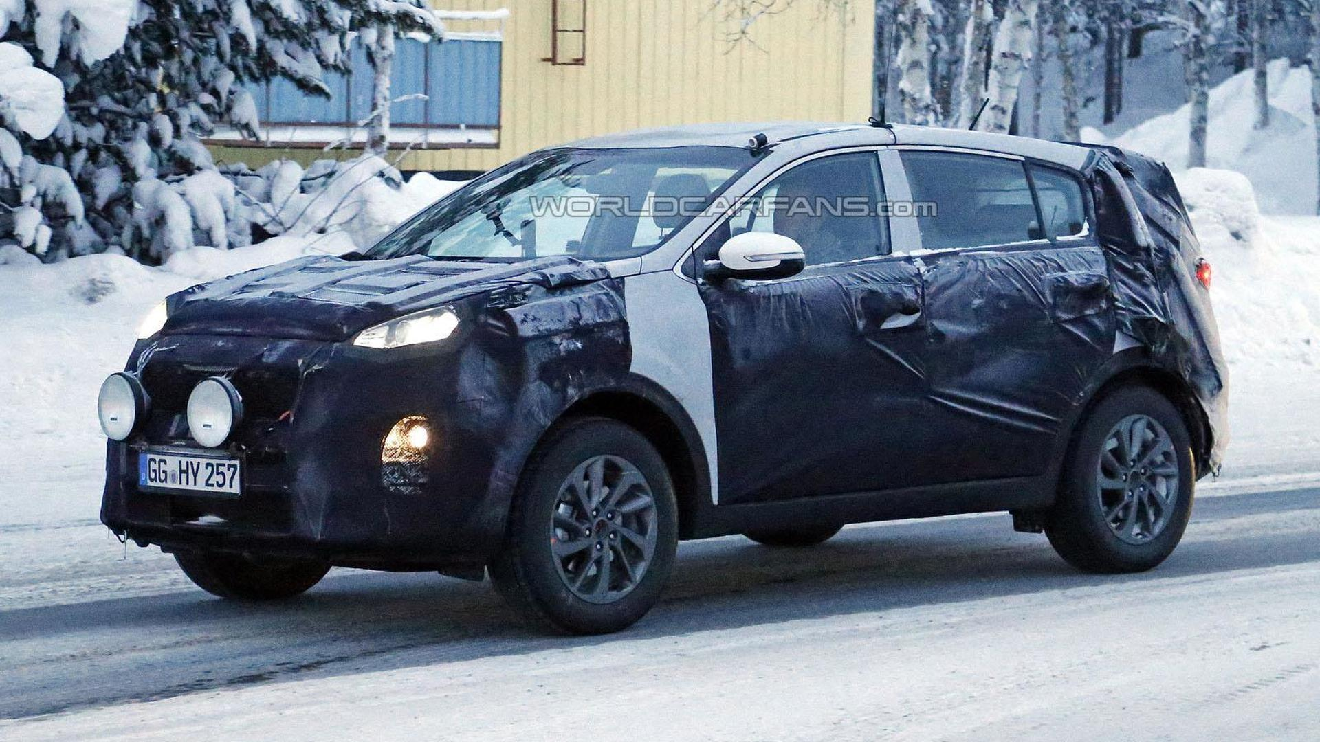 2016 Kia Sportage spied near the Arctic Circle