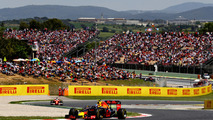 Max Verstappen, Red Bull Racingleads Sebastian Vettel, Scuderia Ferrari SF16-H