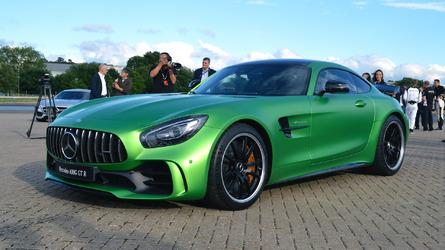 Mercedes-AMG GT R: Live