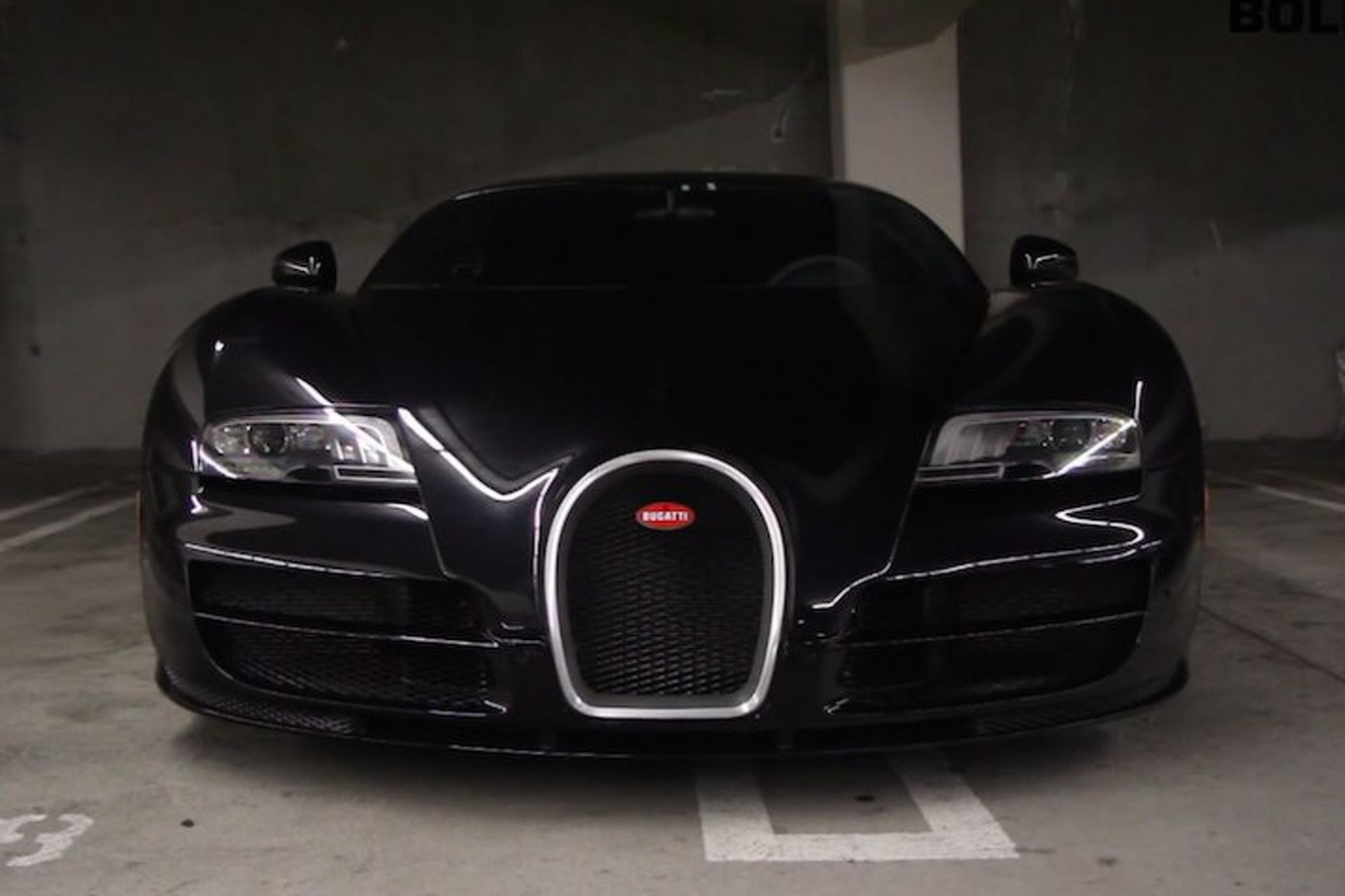 Hear and See This Stunning Black Bugatti Veyron