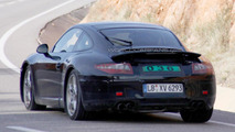 Porsche 911 spied - new rear spoiler - 02.12.2010