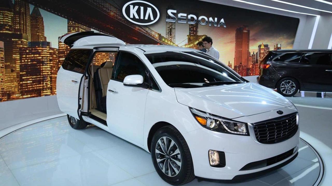 2015 Kia Sedona at 2014 New York Auto Show