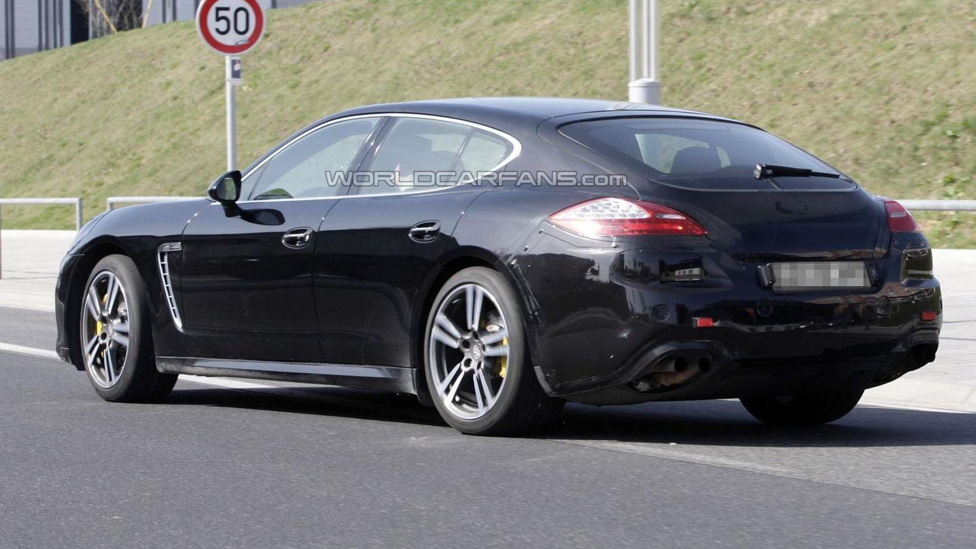 2013 Porsche Panamera Turbo facelift spied