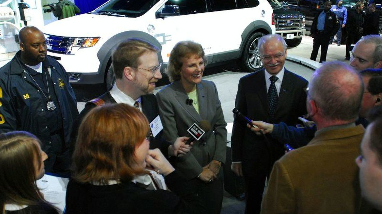 Ford Edge HySeries Drive at Washington Auto Show