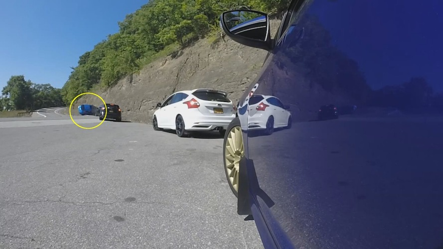 Ford Focus RS drift attempt ends in a ditch