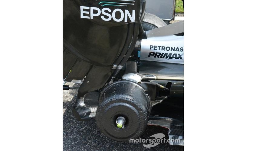 Mercedes AMG F1 Team W07 rear detail