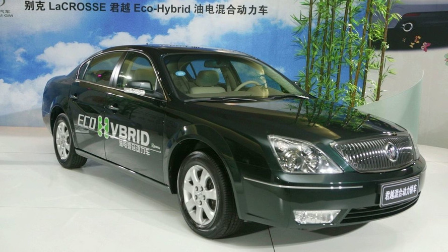 Buick LaCrosse Eco-Hybrid leads Drive to Green plan