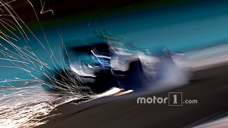 Bottas nears Mercedes deal