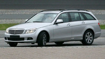 Mercedes C-Class Estate Completely Uncovered