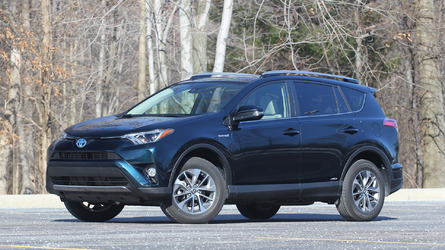 2017 Toyota RAV4 Hybrid Review: In The Competition's Crosshairs