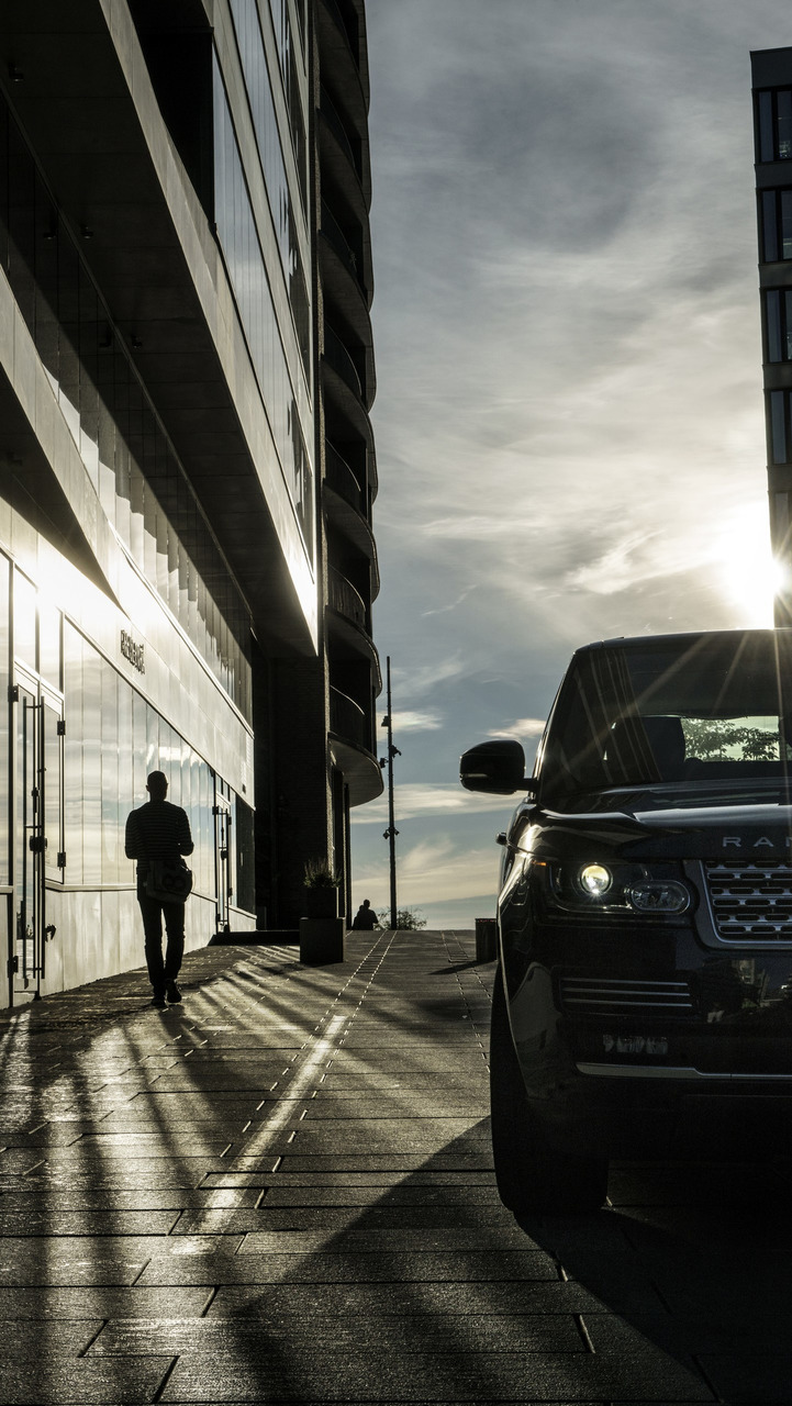 Range Rover photo shoot by Jonas Bendiksen