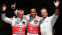 Hamilton Grabs Pole in Valencia as McLaren lock out Front row