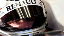 Driver choice hints at Renault team sale