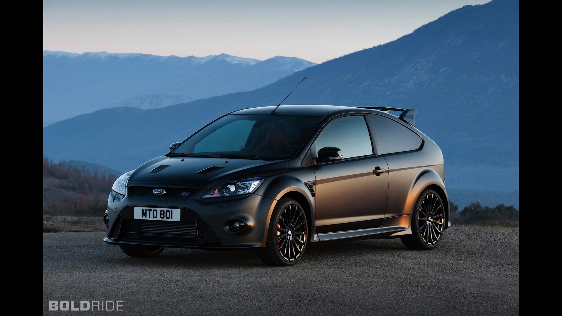 ford focus rs500. Black Bedroom Furniture Sets. Home Design Ideas