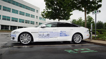 Jaguar XJ_e plug-in hybrid to be showcased at CENEX 2012
