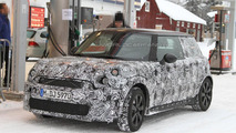 2013 MINI Cooper spy photos 24.01.2012