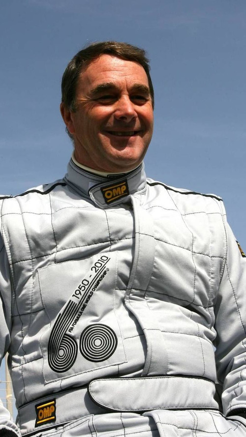 Now Mansell backs Group Lotus in F1