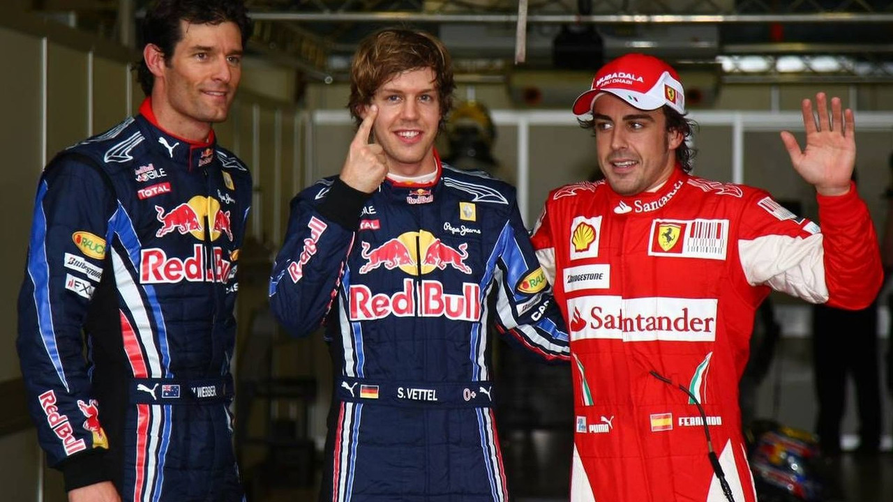 Mark Webber (AUS), with pole position man Sebastian Vettel (GER), and Fernando Alonso (ESP), Australian Grand Prix, Saturday Qualifying, 27.03.2010 Melbourne, Australia