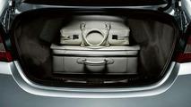 2009 Jaguar XF Officially Revealed