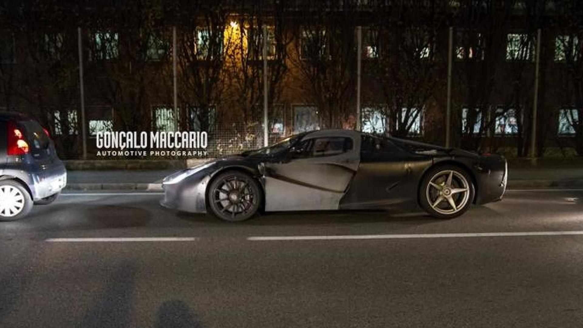 Mysterious Ferrari LaFerrari mule spied, could be the Spider