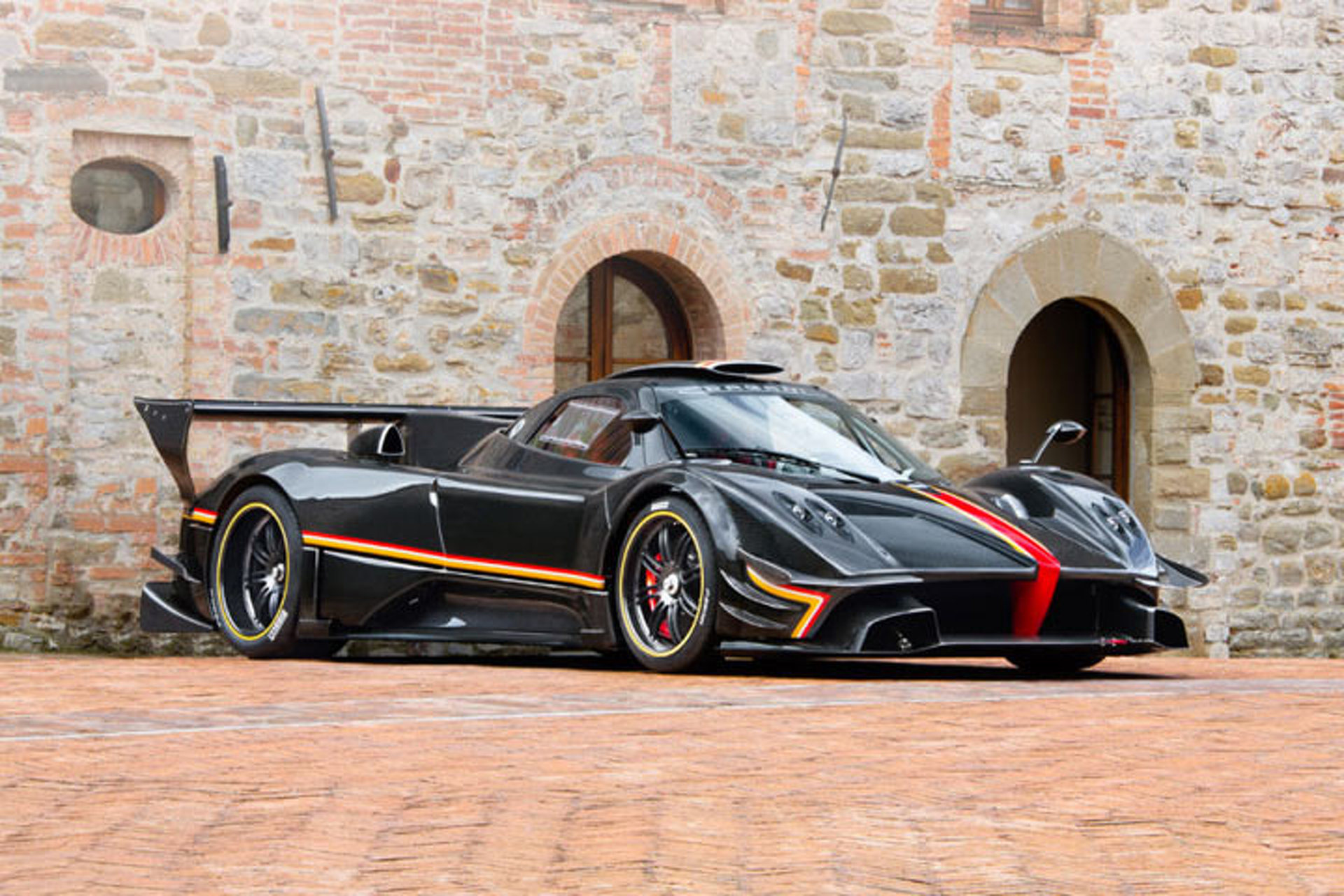 Pagani Zonda Revolucion Allegedly Sets New Nurburgring Record