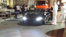 WCF user photographs Lamborghini Huracan at new Abu Dhabi showroom [videos]