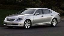 Lexus LS 600h L Hybrid Sedan