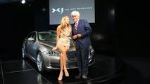 Elle McPherson and Jay Leno at 2010 Jaguar XJ world premiere