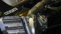 Barrichello, di Grassi, unhappy with Cosworth engines