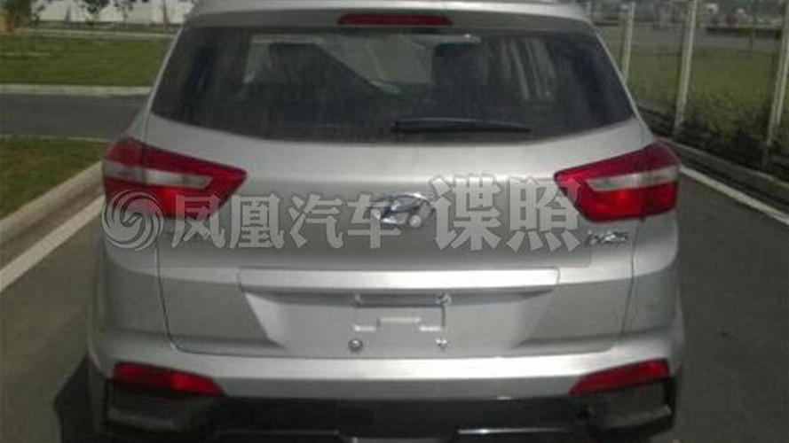Hyundai ix25 spied naked in China