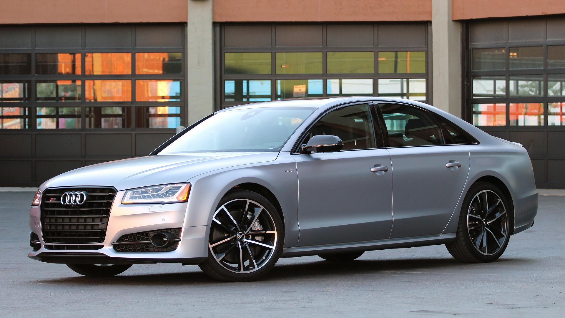 Review 2016 Audi S8 Plus Motor1 Com