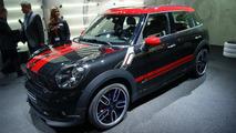 New MINI Countryman JCW and Clubvan concept in Geneva