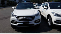 Hyundai Santa Fe facelift photographed completely undisguised