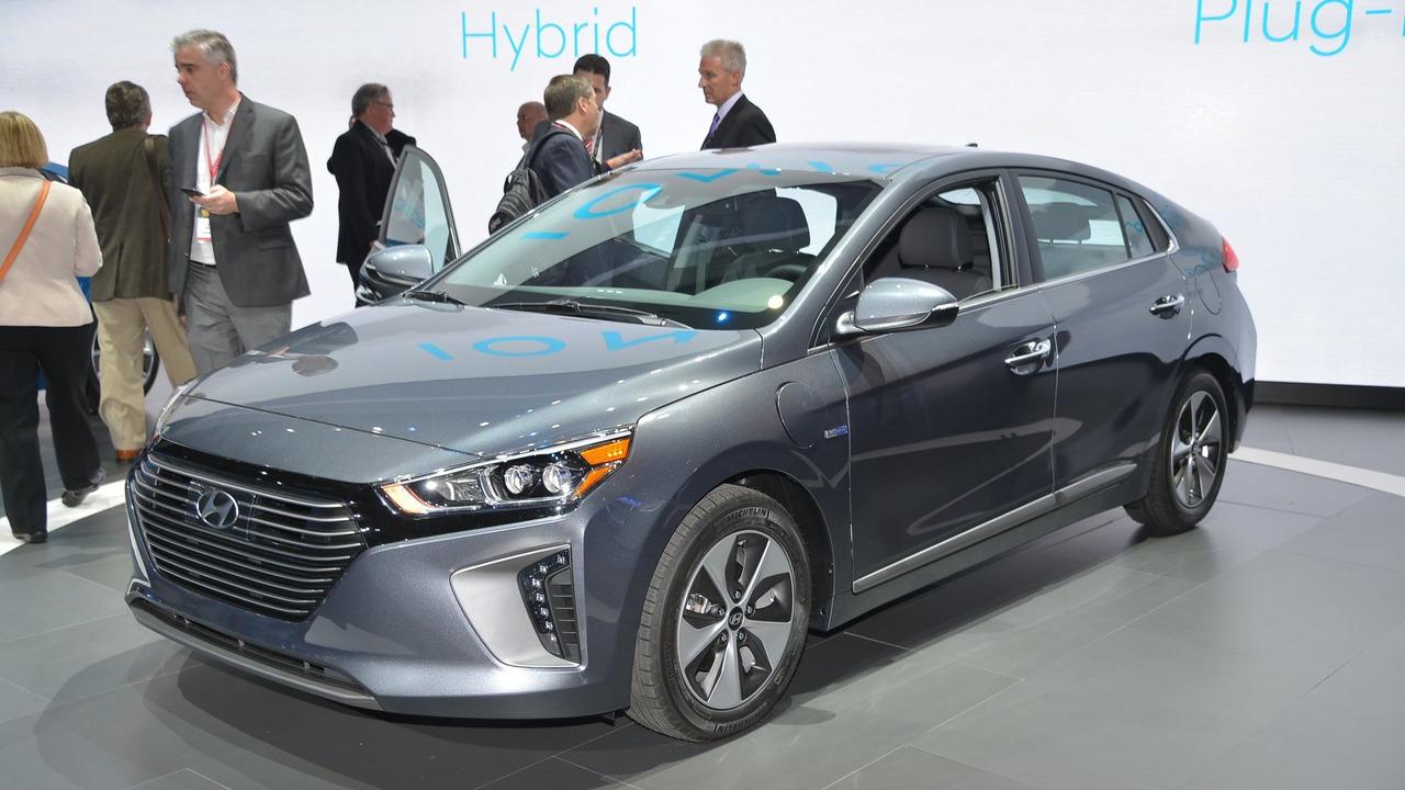 2017 Hyundai Ioniq live in New york