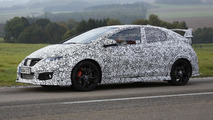 2015 Honda Civic Type R spied up close