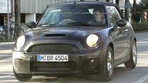 SPY PHOTOS: New MINI Cooper Convertible