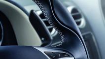 Bentley Continental GT wheel stitching