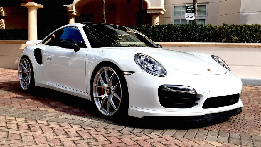 2015 Porsche 911 Turbo S Modern Look