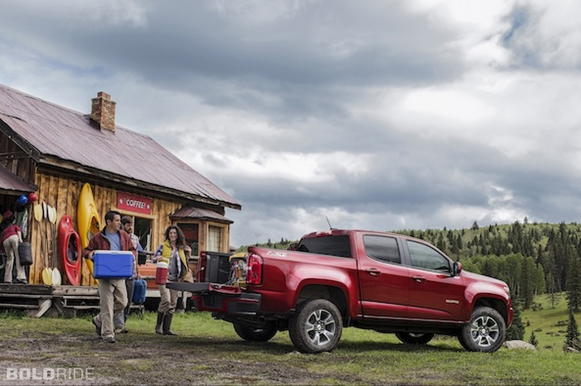 GMC Canyon vs. Chevy Colorado: Mid-Size Sibling Rivalry