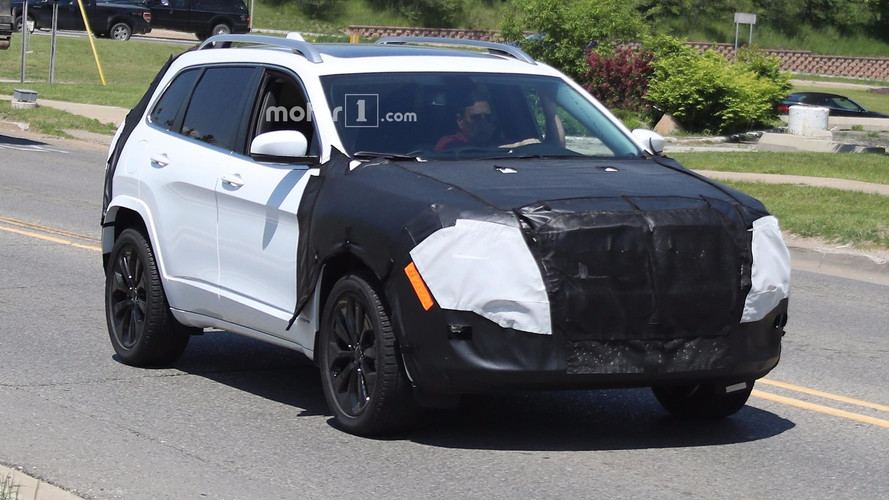 Jeep Cherokee Facelift To Lose Quirky Headlights?
