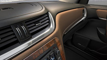 2013 Chevrolet Traverse interior teaser 21.03.2012