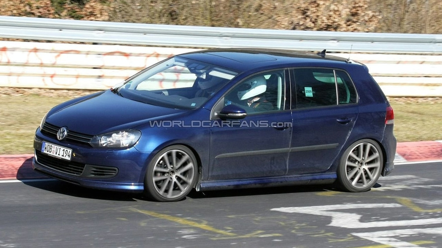 VW Golf R20 First Spy Photos