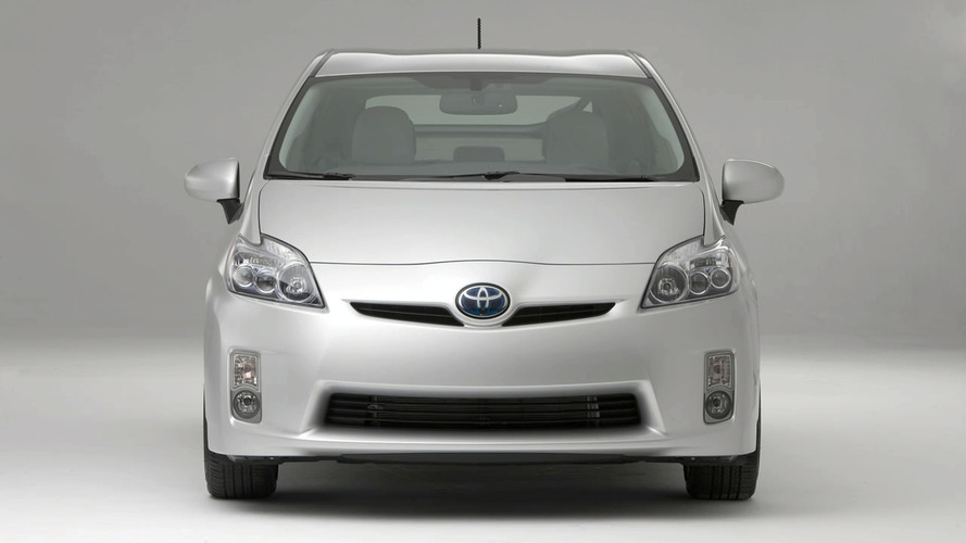 Toyota to Revive MR2 as Prius Coupe