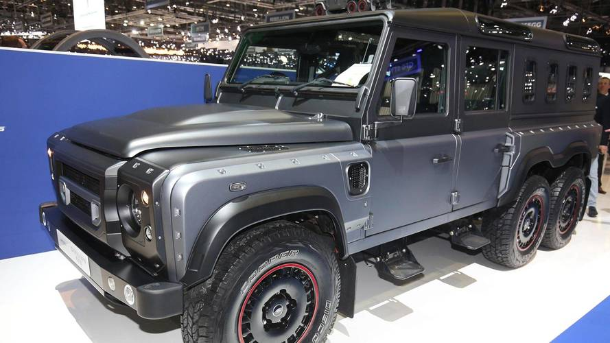 Stretched Land Rover Defender 6X6 Could Haul Whole Family Off-Road