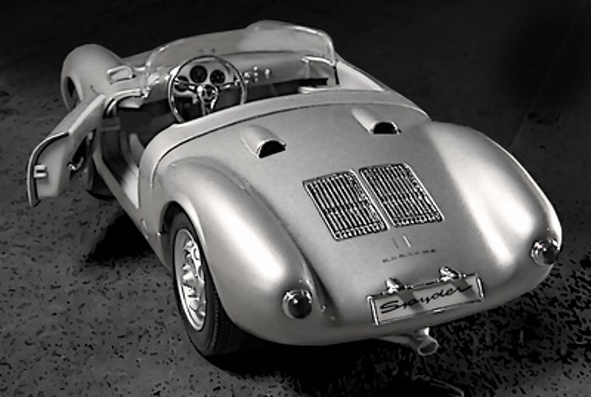 the porsche 550 spyder genesis of porsche motorsports. Black Bedroom Furniture Sets. Home Design Ideas