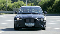 Next Gen Jaguar XJ Mule Spy Photos
