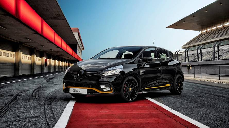 Renault Clio R.S. 18 Is A Hot Hatch With An F1 Theme
