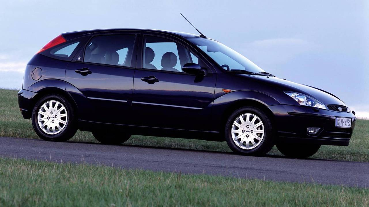 2001-2004 Ford Focus Ghia Hatchback